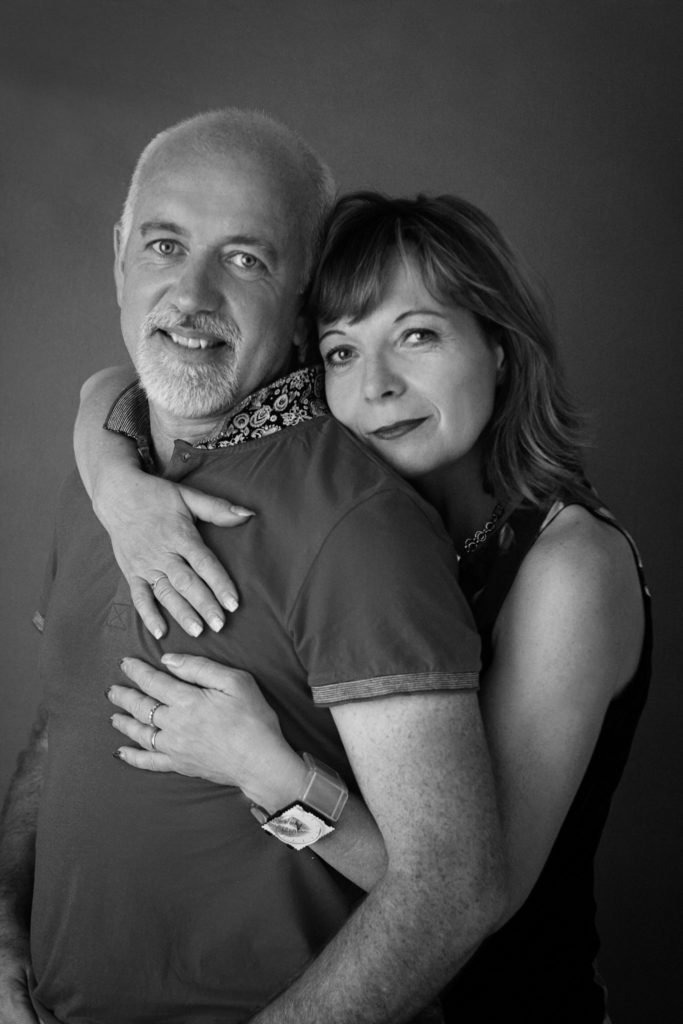 couple amour noir-et-blanc photo portrait studio lot-et-garonne marmande tonneins virazeil